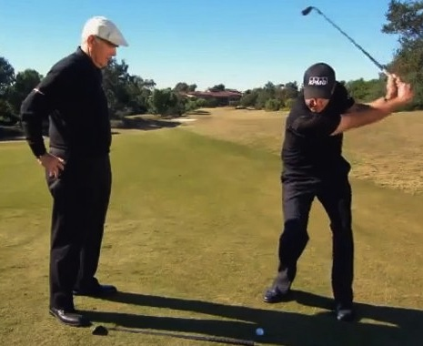 phil-mickelson-trick-shot