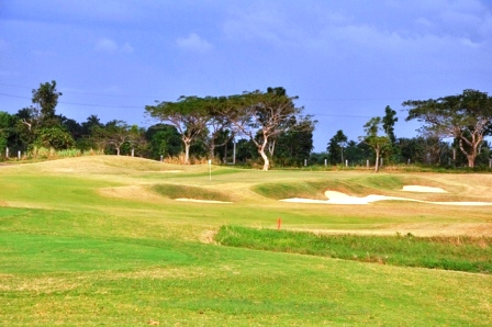 sherwood-hills-golf-course-green