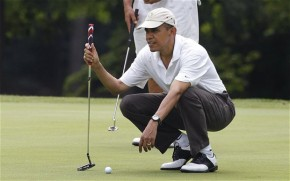 President Barack Obama Three Putts